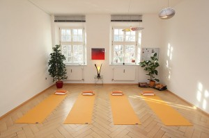 yoga_room_main_view_medium